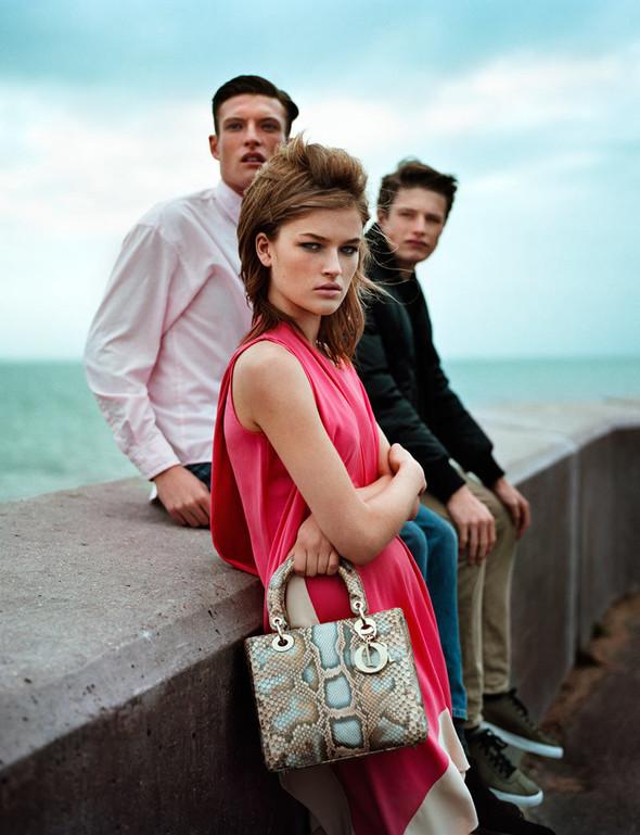 Съёмка: Молли Смит в Dior для Wonderland. Изображение № 2.