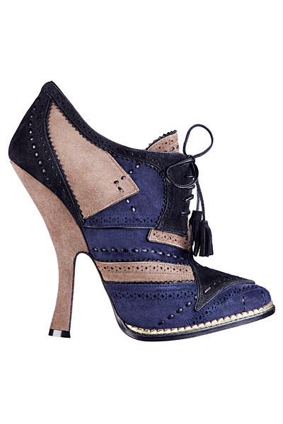 Dior не будут выпускать обувь с красной подошвой. Изображение № 1.