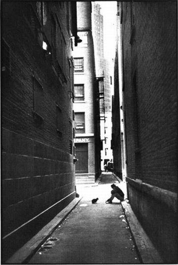 Работы французского фотографа Henri Cartier-Bresson. Изображение № 1.