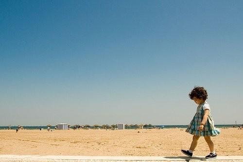 Детство, похожее наигрушечных пупсов. byJaime Monfort. Изображение № 31.