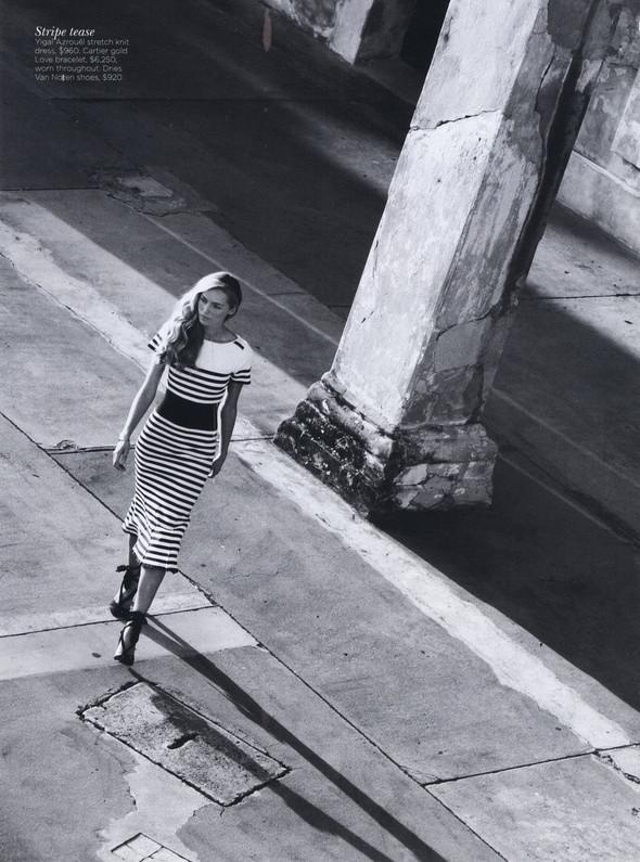 Съёмка: Валентина Зеляева для Vogue. Изображение № 4.