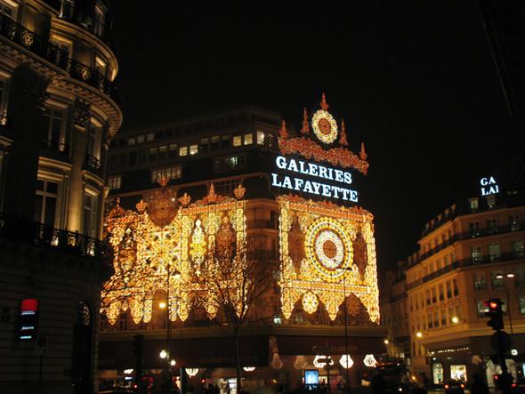 Париж Рождественский. Изображение № 6.