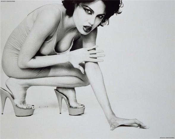 Happy Birthday. Angelina Jolie. Изображение № 8.