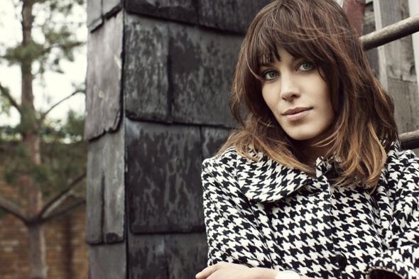 Лукбуки: H&M, Zara, Urban Outfitters и другие. Изображение №74.