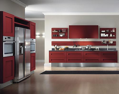 Яркий кухонный гарнитур Melograno из красного дуба от Composit. Изображение № 2.