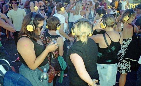 Большой выходной 2010. Музыкальный фестиваль в Окленде. Изображение № 6.