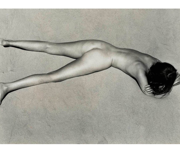 Части тела: Обнаженные женщины на винтажных фотографиях. Изображение №47.