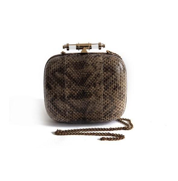 Лукбуки: Alexander McQueen, Givenchy и другие. Изображение № 41.