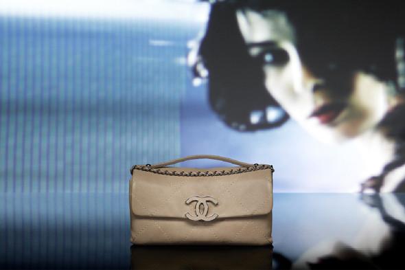 Лукбук: Chanel FW 2011 Bags. Изображение № 10.