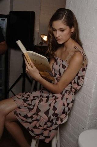 «Читать модно». Изображение № 2.