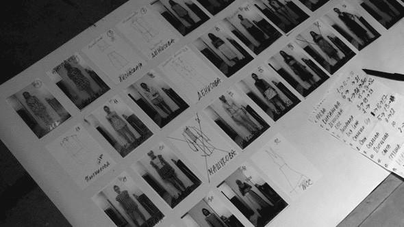 Дизайнер Андрей Артемов: «Она идет от своего парня в мужском пиджаке поверх коктейльного платья». Изображение № 21.