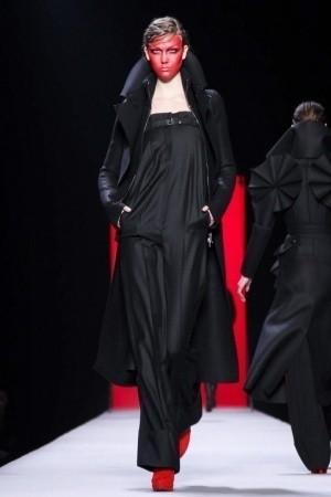 Изображение 52. Показы на Paris Fashion Week FW 2011: день 5.. Изображение № 16.