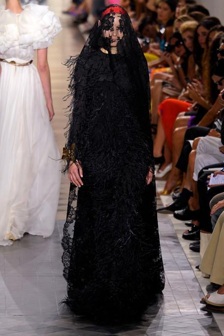 Изображение 4. Giambattista Valli Haute Couture FW 2011.. Изображение № 3.