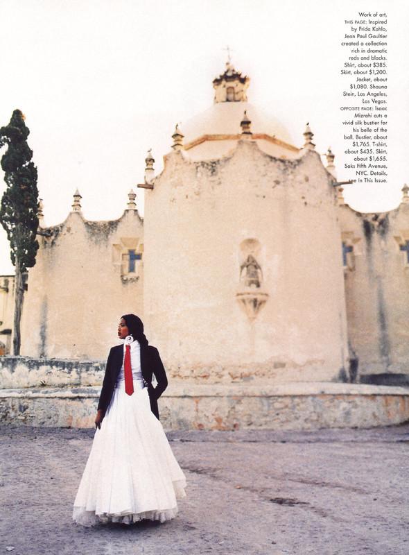 Архивная съёмка: Наоми Кэмпбелл и Эллен фон Унверт для Vogue, 1998. Изображение № 4.