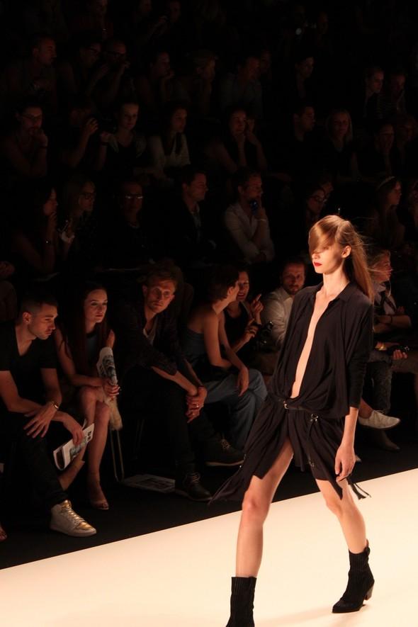 Показ A.F.Vandevorst на Неделе моды в Берлине. Изображение № 12.