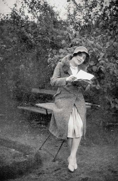 Gerda Wegener, лесбийская эротика в миниатюре. Изображение № 14.