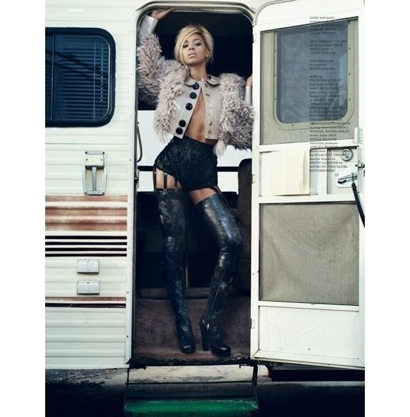 Изображение 6. Съемки: Dazed & Confused и Vogue.. Изображение № 5.