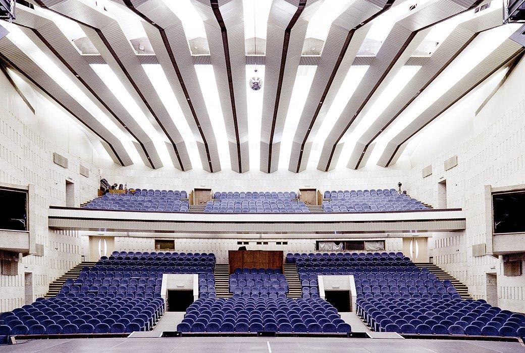 Фантастически красивые советские интерьеры в Культурном центре ЗИЛ. Изображение № 34.