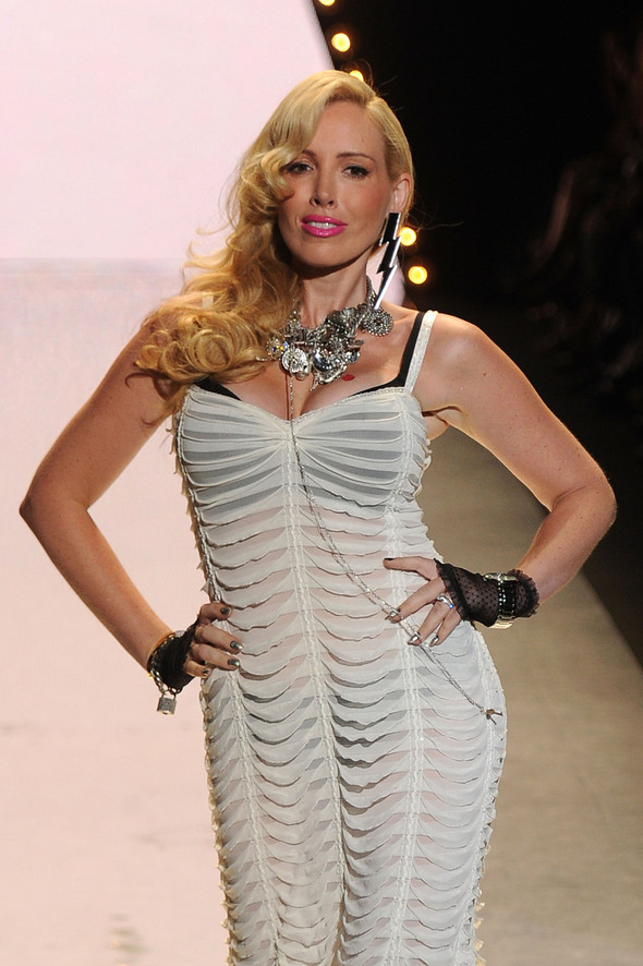 New York Fashion Week: Betsey Johnson Spring 2012. Изображение № 3.