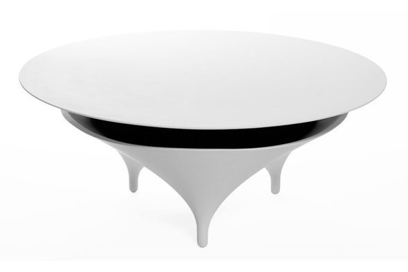 Изображение 1. Голос из ниоткуда: кофейный столик со встроенными динамиками.. Изображение № 1.