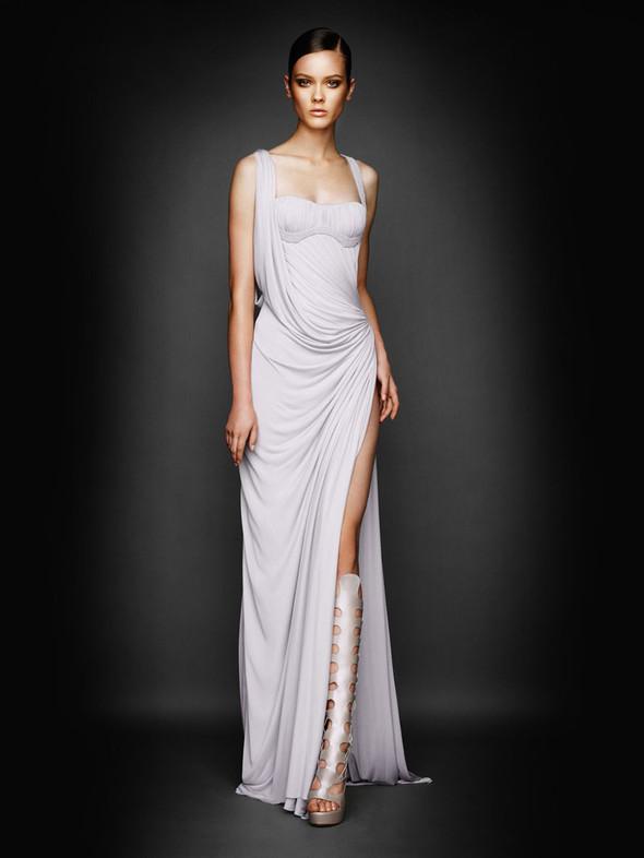 Atelier Versace FW 2010. Изображение № 9.