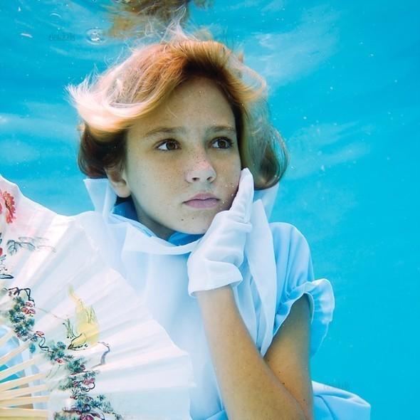 Alice in Waterland. Изображение № 8.