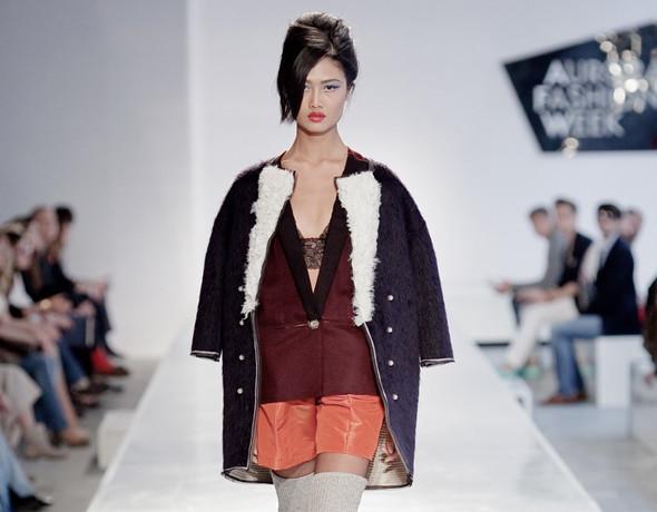 Показ Stella Ndombi FW 2011 на Aurora Fashion Week. Изображение № 5.