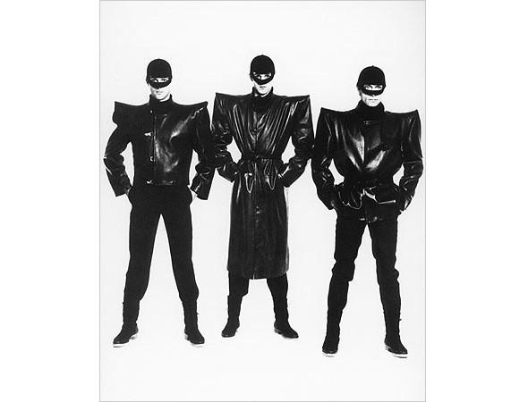 Модному дому Pierre Cardin исполнилось шестьдесят лет. Изображение № 4.