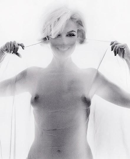 Части тела: Обнаженные женщины на фотографиях 50-60х годов. Изображение № 89.