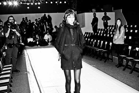 Неделя моды в Нью-Йорке: Репортаж. Изображение №20.
