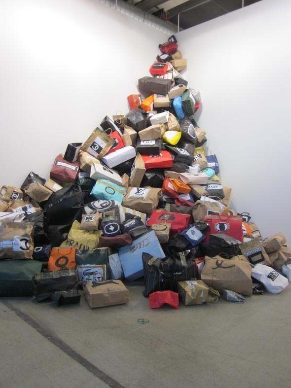 Изображение 21. Art 42 Basel 2011 - крупнейшая выставка современного искусства в Европе.. Изображение № 19.