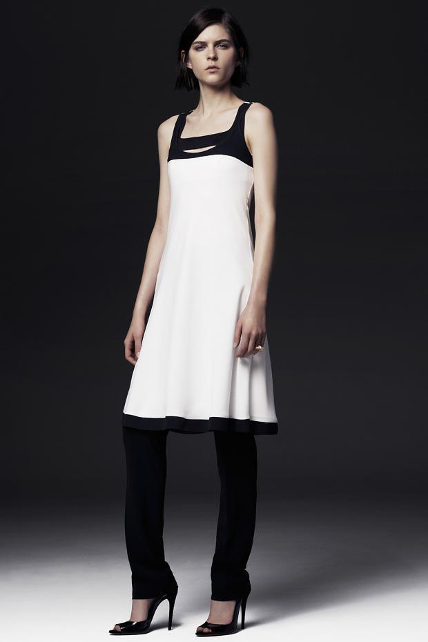Показаны новые лукбуки Balenciaga, Chanel и Zac Posen. Изображение № 32.
