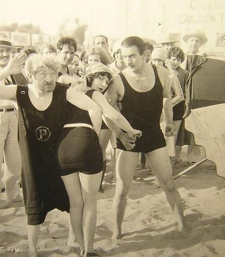 Ретро-купальники. Изображение № 27.