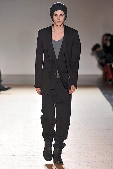 Неделя моды в Париже: мужские показы. Изображение № 98.