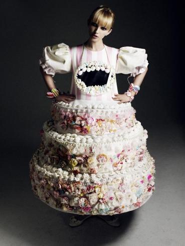 Девочка-тортик. Изображение № 1.