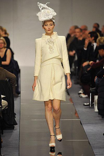 Chanel Spring 2009 Haute Couture. Изображение № 44.