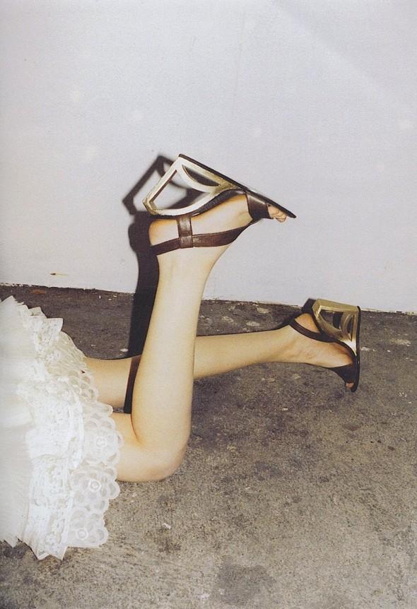 Архивная съёмка: Дакота Фаннинг для кампании Marc Jacobs SS 2007. Изображение № 4.