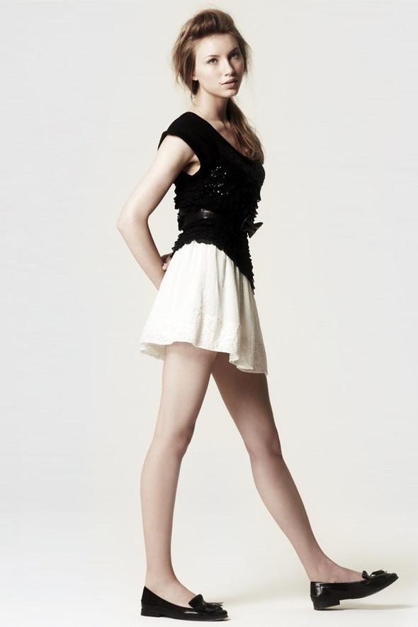 Zara Casual June 2010. Изображение № 17.