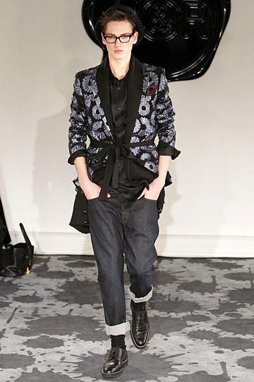 Неделя моды в Париже: мужские показы. Изображение № 31.