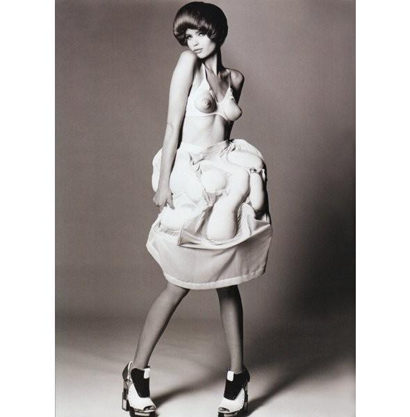 Новые съемки: Vogue, V и другие. Изображение № 23.