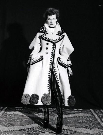 Mila Jovovich. Harper's Bazaar, sept-2009. Изображение № 8.