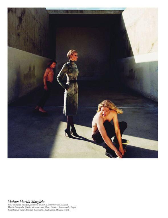 Съёмка: Аризона Мьюз, Лара Стоун, Наташа Поли и другие модели во французском Vogue. Изображение № 41.