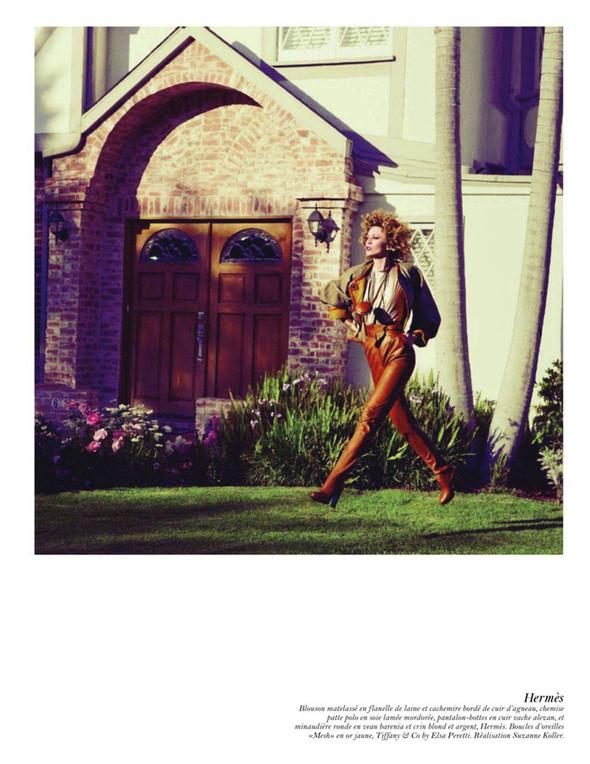 Съёмка: Аризона Мьюз, Лара Стоун, Наташа Поли и другие модели во французском Vogue. Изображение № 37.