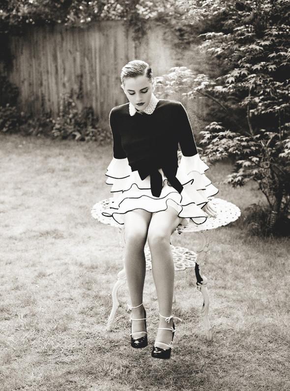 Съёмка: Эмма Уотсон для i-D. Изображение № 2.