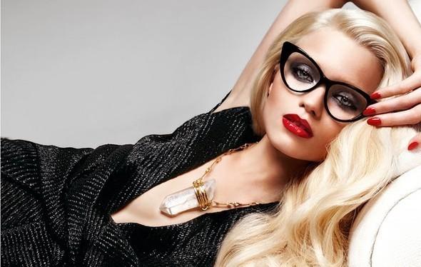 Изображение 3. Рекламные кампании: Givenchy, Tom Ford и другие.. Изображение № 19.
