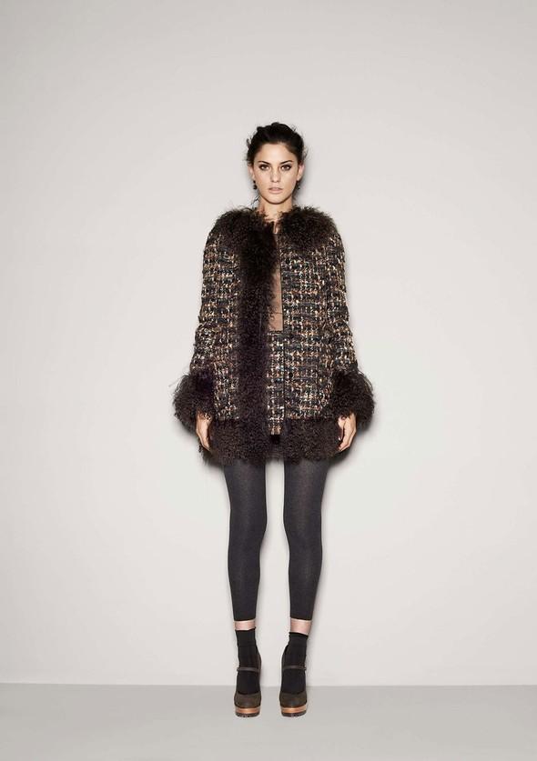 Лукбук: Dolce & Gabbana FW 2011 Women's. Изображение № 20.