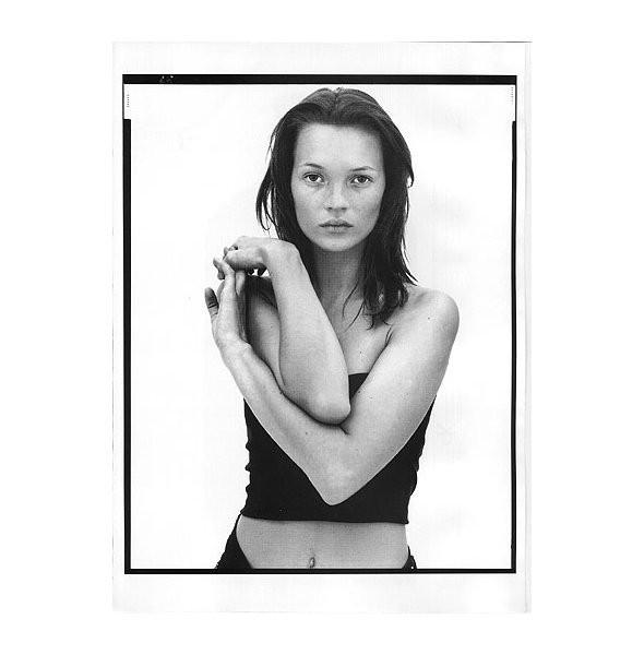 Архивная съёмка: Кейт Мосс и другие для кампании Calvin Klein, 1996. Изображение № 5.