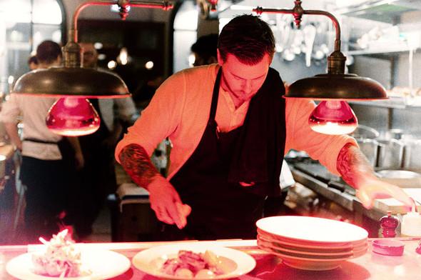 Шеф-повар и владелец ресторана Bastard Андреас Дальберг. Изображение №46.