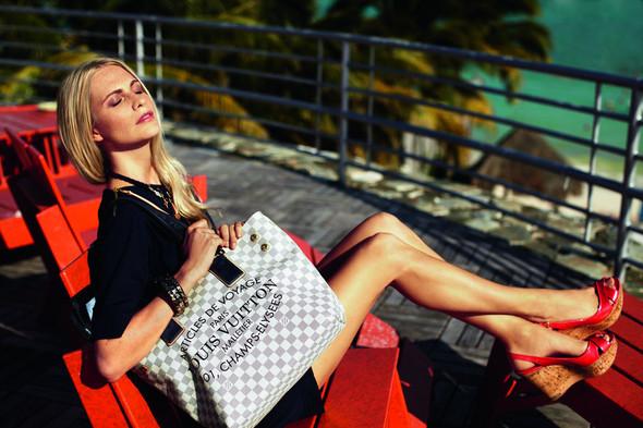Лукбук: Поппи Делевинь для Louis Vuitton Summer 2012. Изображение № 5.