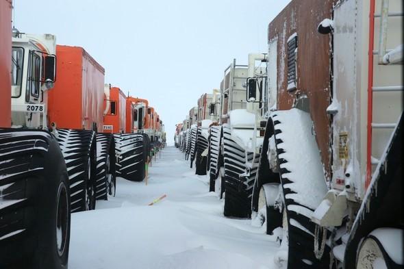 ALASKA IN WONDERLAND. Изображение № 112.